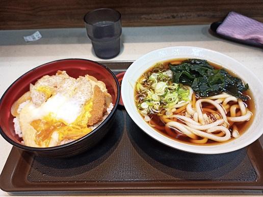カツ丼セット720円